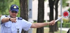 Partecipa Segnalazioni sulla sicurezza polizia alt